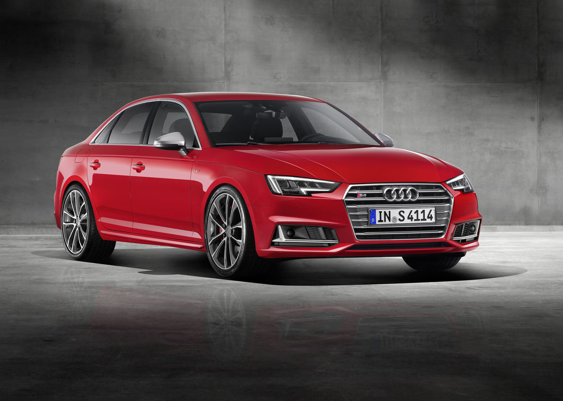 Start the new year in a 2018 S4!